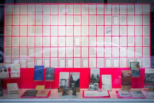 Lithaus_Freiburg_Postkartengeschichten_Schaufensterschau_4_c_Marc_Doradzillo